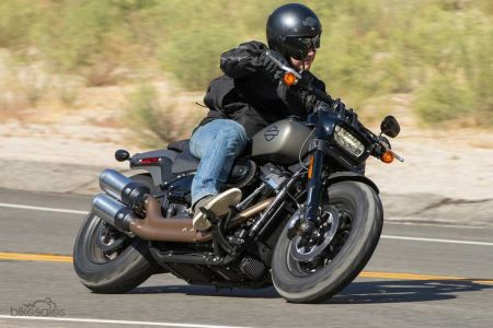 FAT BOB® 114 ANNOUNCED AS CRUISER OF THE YEAR!