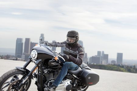 Csak a legjobbal éred be? Ha motoros ruházat, akkor FXRG!