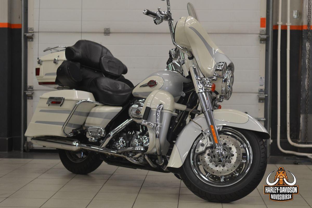 Harley-Davidson, CVO,  Electra Glide8Ultra Limited,  2008