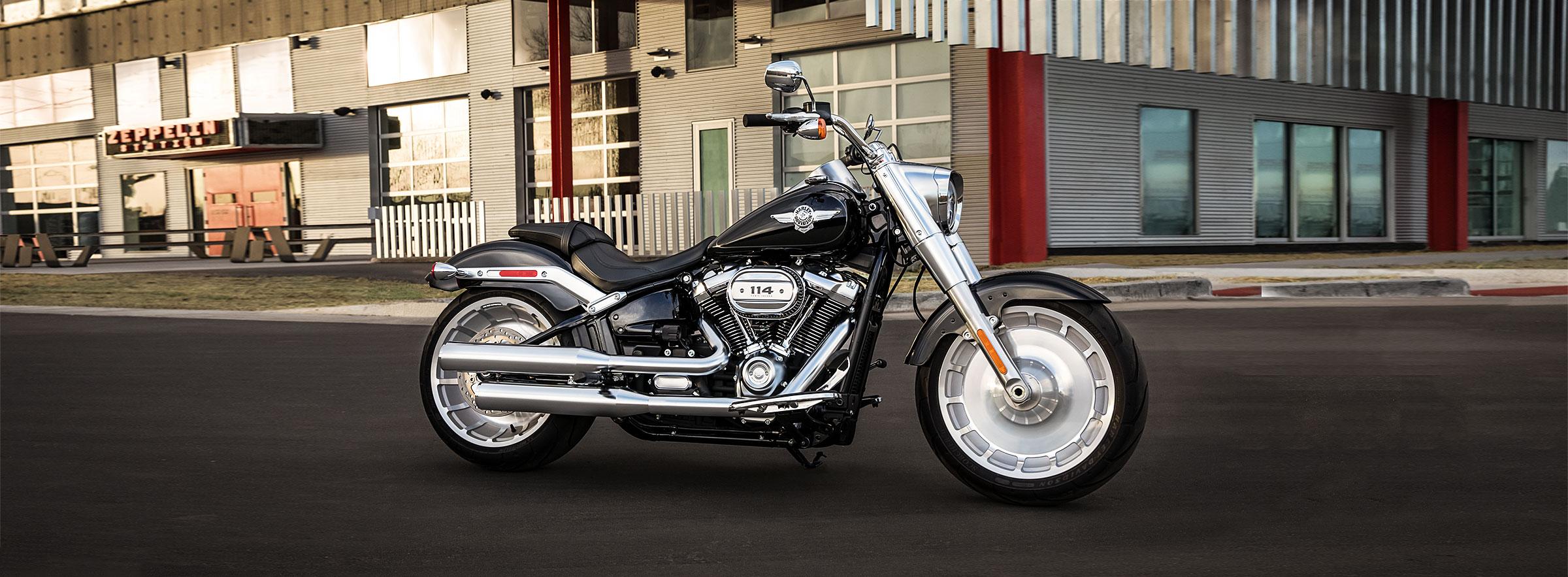 2019 Tri Glide Wallpaper: Bécancour Harley-Davidson®