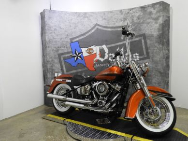 2019 Harley-Davidson® Softail Deluxe FLDE