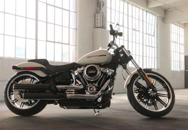 2019 Harley-Davidson FXBR Softail Breakout