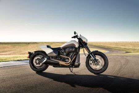 NEW HARLEY-DAVIDSON FXDR 114 POURS ON PERFORMANCE