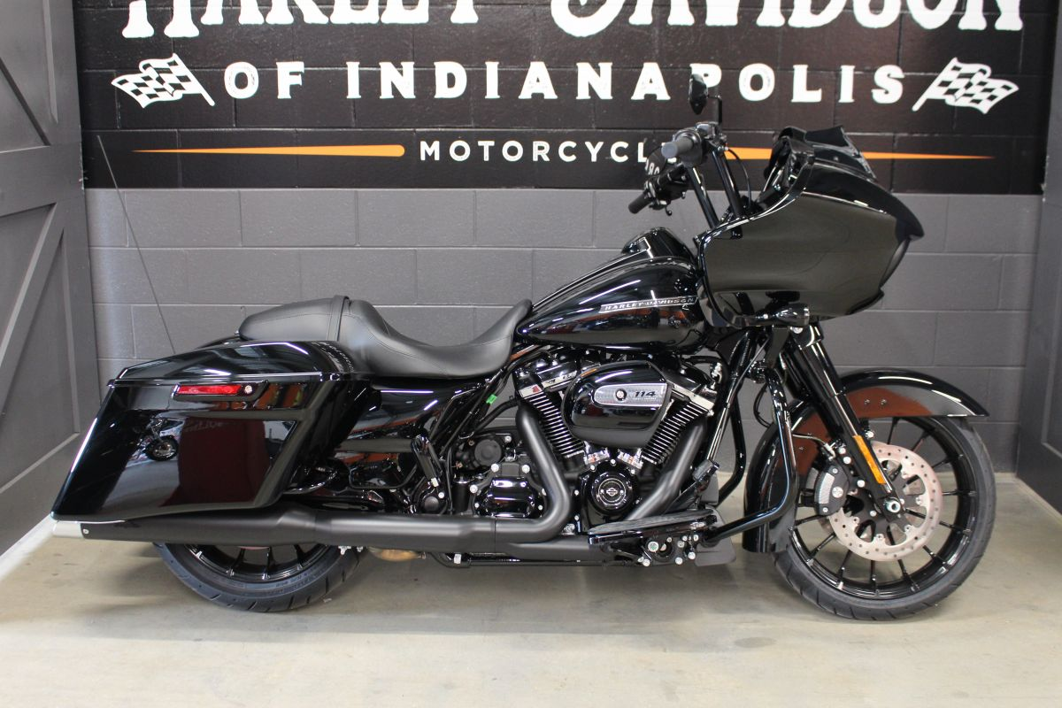 2019 FLTRXS Road Glide Special