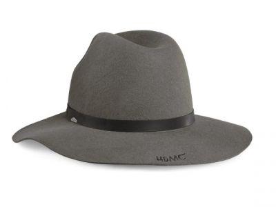 WOMEN'S BLACK LABEL FLOPPY HAT