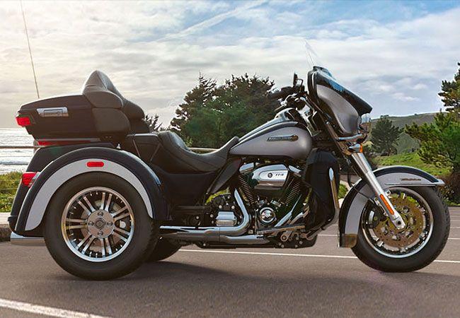 2019 Harley-Davidson FLHTCUTG Tri Glide<sup>®</sup> Ultra