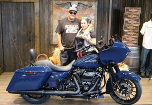 Christophers new Road Glide Special!! 2019 color Billiard Blue
