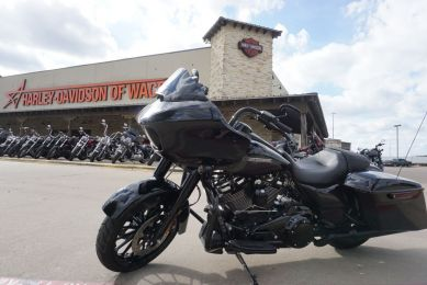 FLTRXS 2018 Road Glide Special