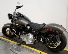 FLSL 2018 Softail Slim<sup>®</sup>