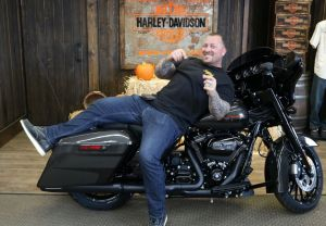 Donnies new 2019 Street Glide Special!