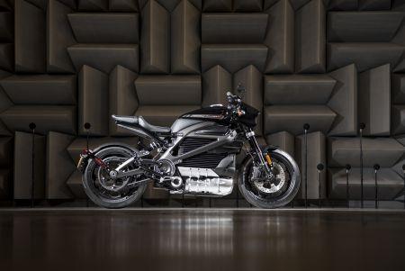 Harley-Davidson® prezentē 2019 LiveWire™ - pilnīgi jauno elektro piedziņas motociklu