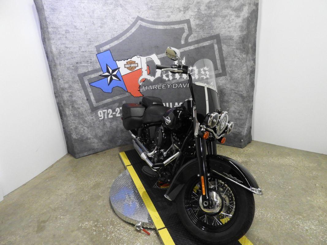 2018 Harley-Davidson® Heritage Classic FLHC