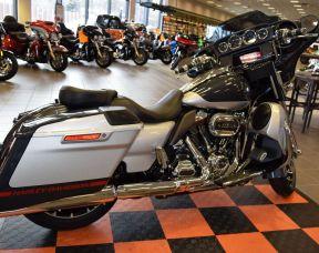 2019 Harley-Davidson CVO Street Glide FLHXSE
