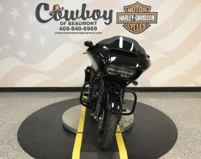2018 Harley-Davidson<sup>®</sup> FLTRXS — Road Glide<sup>®</sup> Special