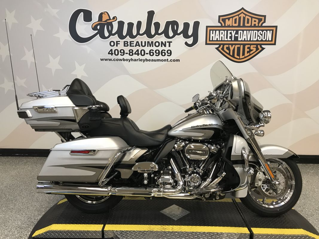 2017 Harley-Davidson FLHTKSE — CVO™ Limited