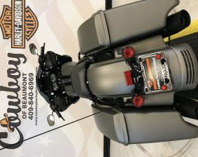 2019 Harley-Davidson<sup>®</sup> FLTRXS — Road Glide<sup>®</sup> Special