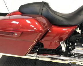 2019 Harley-Davidson<sup>®</sup> FLTRX — Road Glide<sup>®</sup>