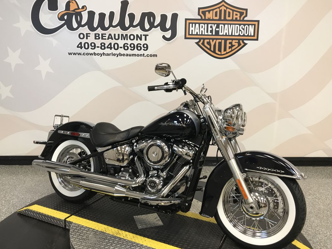 2019 Harley-Davidson<sup>®</sup> FLDE — Softail<sup>®</sup> Deluxe