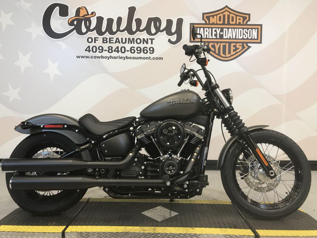 2019 Harley-Davidson<sup>®</sup> FXBB — Softail<sup>®</sup> Street Bob<sup>®</sup>