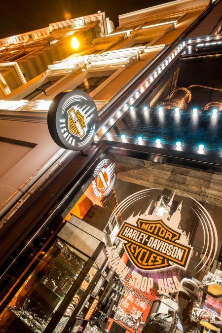 Harley-Davidson Fashion Shop ciet uz nenoteiktu laiku