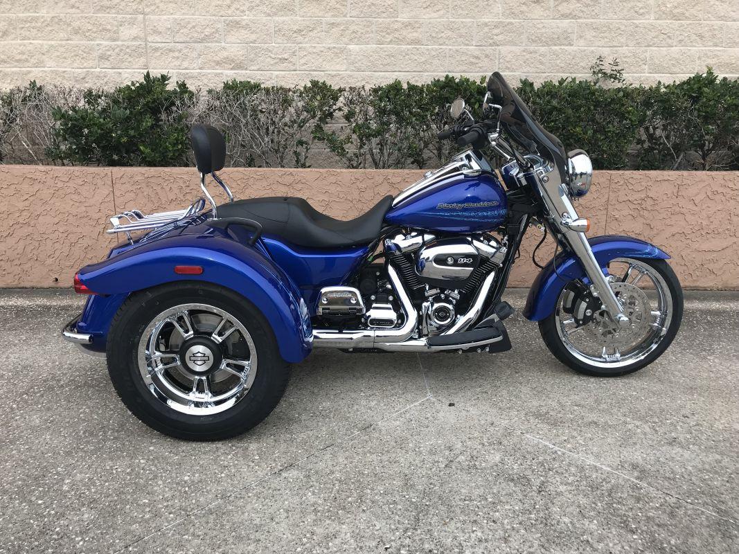 2019 Harley-Davidson<sup>®</sup> FLRT — Freewheeler<sup>®</sup>