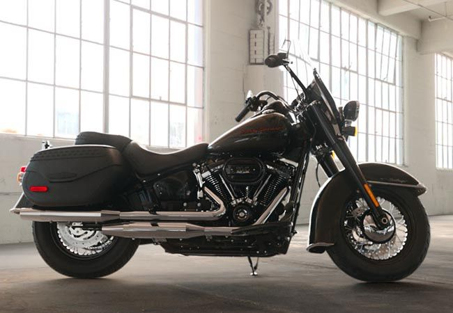 2019 HARLEY FLHCS - Softail Heritage Classic 114