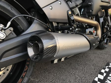 チタン&カーボンScreamin'Eagle High Performance Muffler