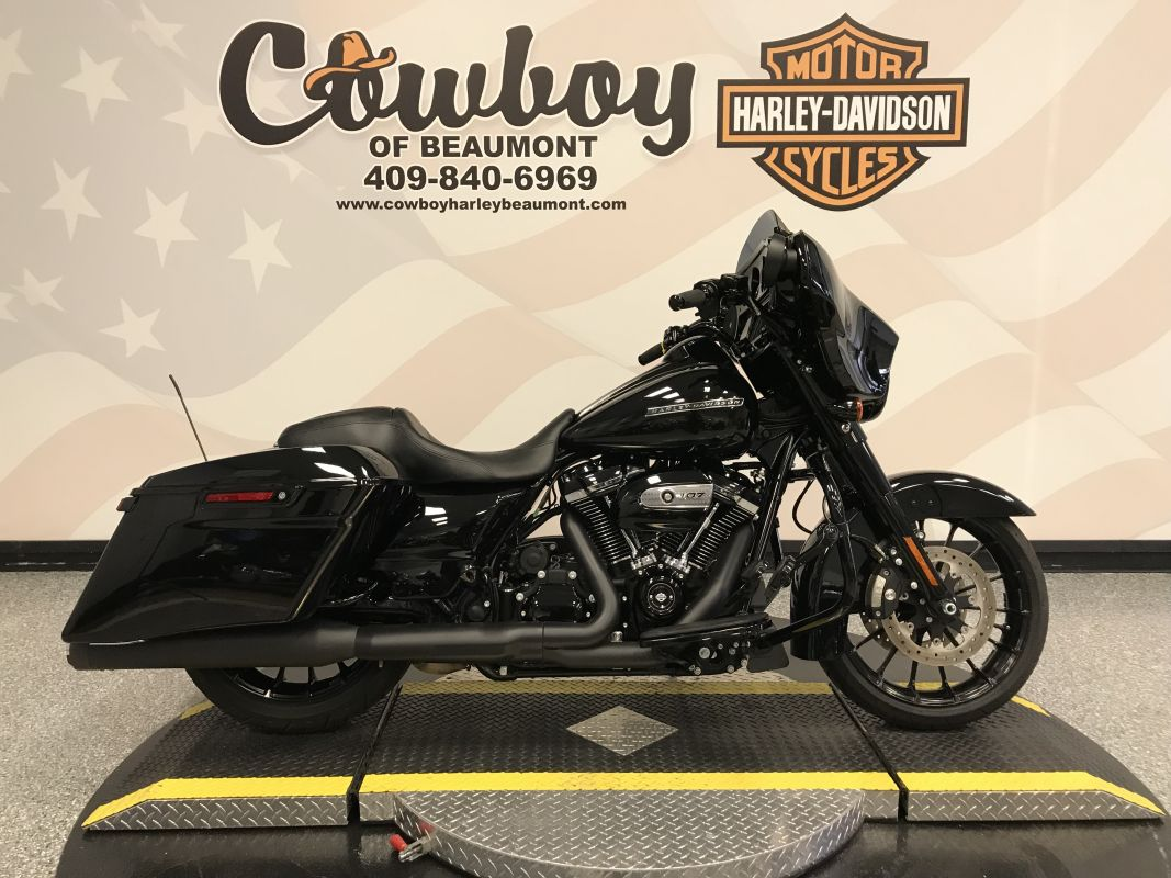 2018 HARLEY-DAVIDSON FLHXS - Touring Street Glide<sup>®</sup> Special