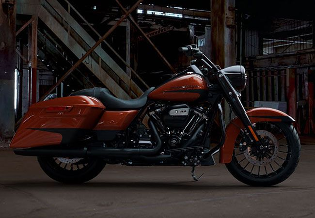 2019 Harley-Davidson<sup>®</sup> FLHRXS - Touring Road King<sup>®</sup> Special