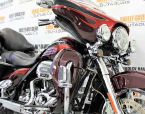 2013 FLHTCUSE CVO™ Ultra Classic® Electra Glide®