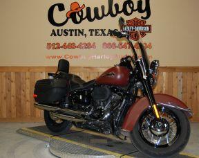 2018 Harley-Davidson FLHCS Heritage Classic 114