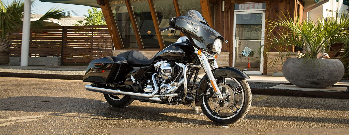 2016 HD FLHXS - Touring Street Glide<sup>®</sup> Special