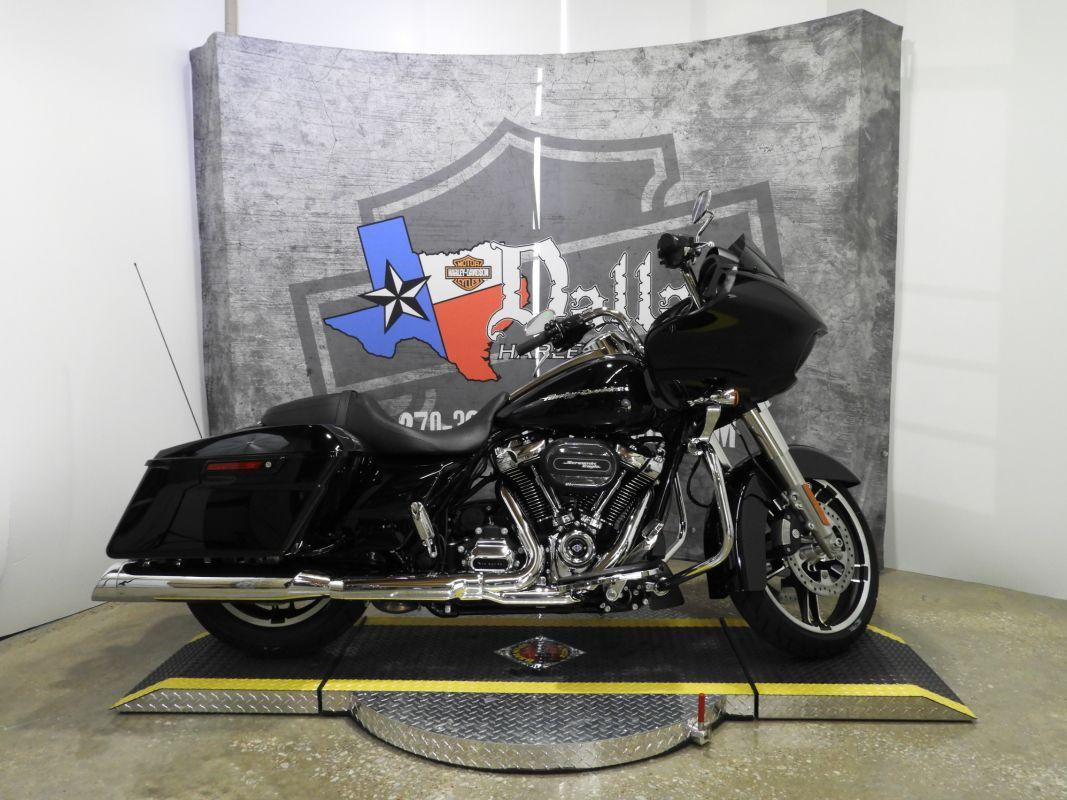 2019 Harley-Davidson® Road Glide<sup>®</sup> FLTRX