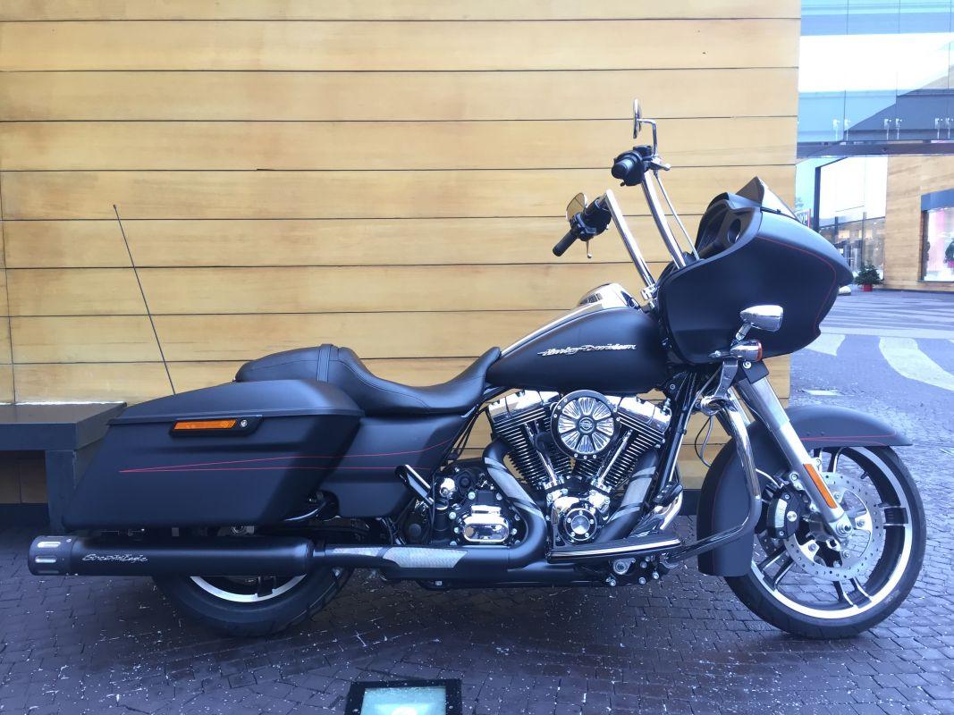 Harley-Davidson FLTRXS Road Glide Special