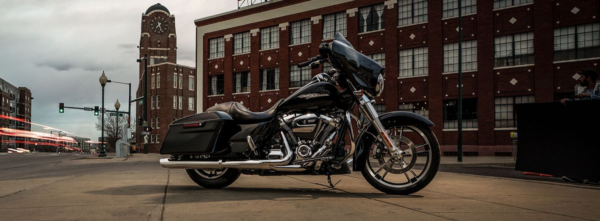 2019 HARLEY-DAVIDSON FLHX - Touring Street Glide<sup>®</sup>