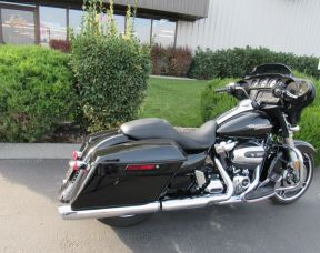 2018 HARLEY FLHX - Touring Street Glide<sup>®</sup>