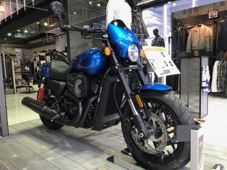 XG750Aエレクトリックブルー在庫してます!