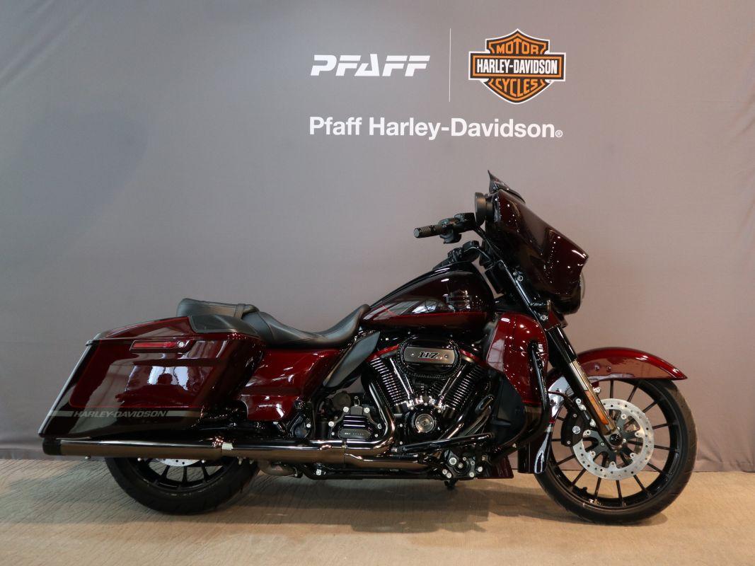696be58f26d 2019 CVO Street Glide | Pfaff Harley-Davidson®