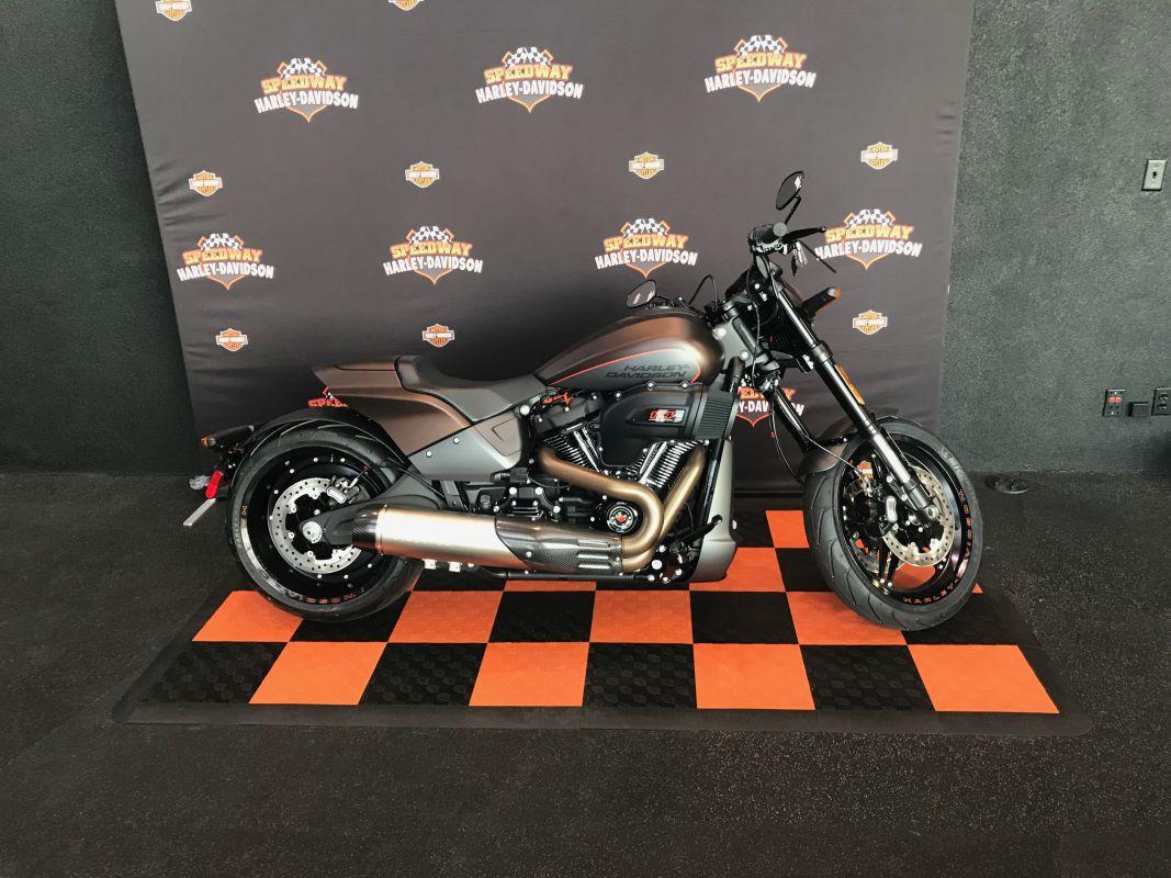 2019 Harley-Davidsonl FXDR<sup>™</sup> 114