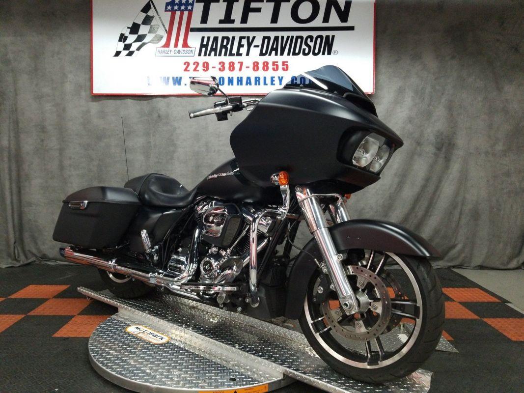 FLTRX 2018 Road Glide<sup>®</sup>