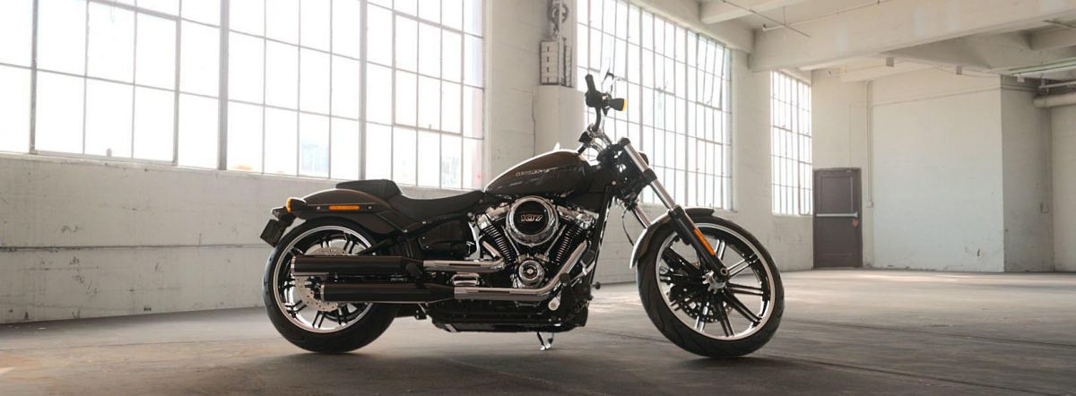 2019 Harley-Davidson FXBR Softail Breakout<sup>®</sup>