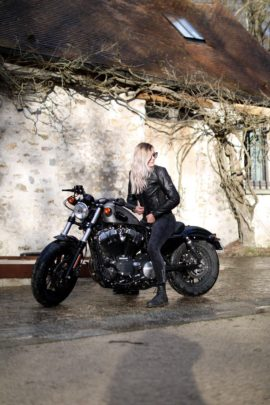 Concours Photo « Chromes & Roses » : Moto & Tattoo