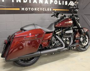 2019 FLHRXS Road Glide Special