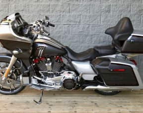 2019 Harley-Davidson FLTRXSE - CVO Road Glide