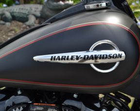 Harley-Davidson® FLHCS - Softail® Heritage Classic 114