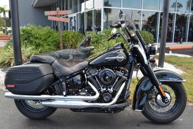 Harley-Davidson® FLHC - Softail® Heritage Classic