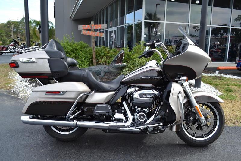 Harley-Davidson® FLTRU - Road Glide® Ultra
