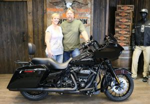 Dean and Donnas new Road Glide Special!