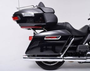 2018 HARLEY DAVIDSON FLHTCU - Touring Electra Glide<sup>®</sup> Ultra Classic<sup>®</sup>