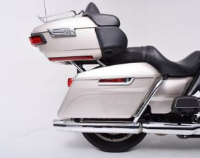 2018 HARLEY DAVIDSON FLHTCU - Touring Electra Glide<sup>®</sup> Ultra Classic<sup>®</sup>